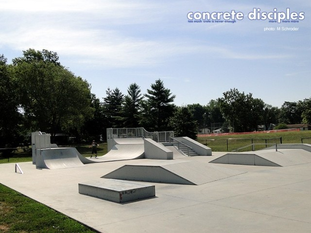 Sportsmans Field Skatepark - Leavenworth, Kansas, USA