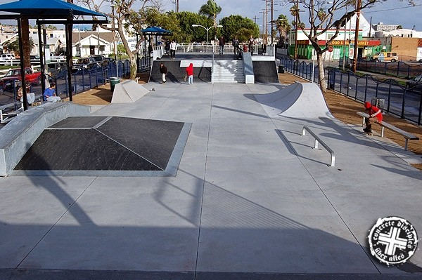 Blacc Mike Skatepark - Long Beach, California, U.S.A.
