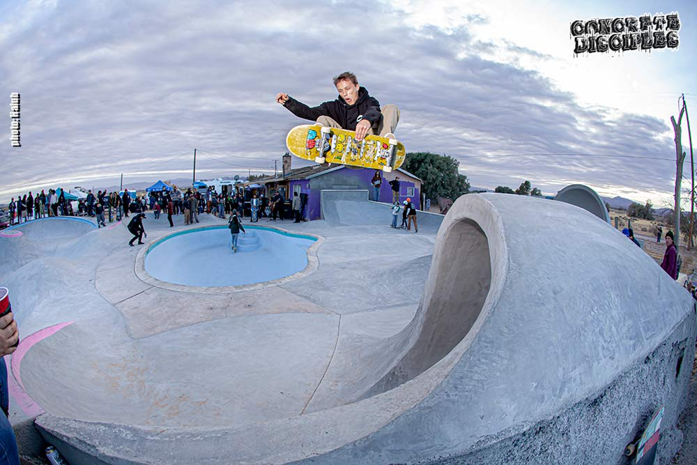 Tyler Hammond blasts one at the Desert Skate Ranch Jam in Dec 2020 - Photo Ryan Halub